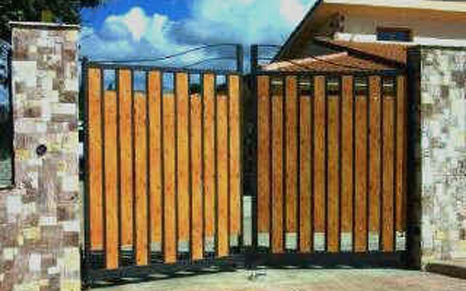 Arredo system cancelli - Cancelli in legno per giardino ...