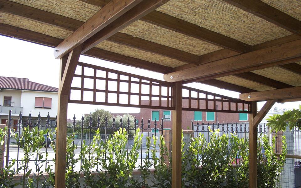 Arredo system gazebi e tettoie for Canne di bambu per pergolati