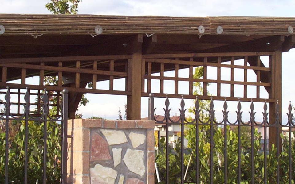 Arredo system pergole e verande for Canne di bambu per pergolati